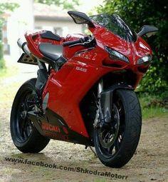 Ducati 848 vermelha lindona! #Superbike #ducati #esportiva http://timevencedor.com