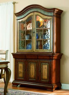 """Vineyard 54"""" Buffet with Glass Top Hutch   Hooker Furniture   Home Gallery Stores"""