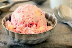 raspberry white chocolate chip ice cream (you could prob. substitute dark chocolate for the white chocolate) Frozen Desserts, Frozen Treats, Just Desserts, Delicious Desserts, Dessert Recipes, Yummy Food, Tasty, Cake Recipes, White Chocolate Ice Cream