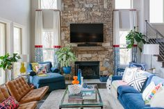 """A """"Jonathan Adler Meets Justina Blakeney"""" Style Fort Worth House — House Tour"""