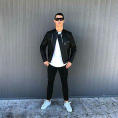 The Real Madrid superstar loves to post pictures of himself in the latest must-have fashion (and his own clothes). Cristiano Ronaldo 7, Cr7 Ronaldo, Messi, Rugby, Portugal National Football Team, Ronaldo Photos, Mens Fashion Wear, Men's Fashion, Fashion Shoes