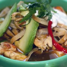 This Slow Cooker Chicken Fajita Tortilla soup recipe is one of the best slow cooker recipes for healthy soups. All the things we love about fajitas and about tortilla soup come together in this bowl.