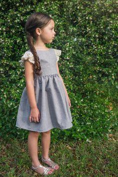 U-Turn Pinafore - Babykleidung Kids Summer Dresses, Little Girl Dresses, Girls Dresses, Baby Dresses, Dress Girl, Summer Clothes, Girls White Dress, Fancy Clothes, Little Girls