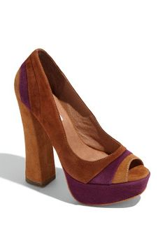 A Girl's Guide to Shoes: Fall Footwear Trend 2011 - Blocked Heels