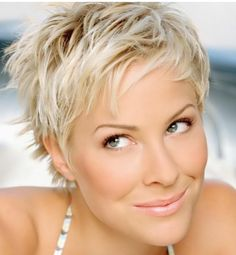 Very Short Hair Trends Picture Gallery 01 Very Short Hair, Short Hair With Layers, Cute Hairstyles For Short Hair, Everyday Hairstyles, Medium Hairstyles, Layered Hairstyles, Ladies Hairstyles, Asymmetrical Hairstyles, Blonde Hairstyles