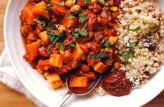 Pumpkin and chickpea tagine - Vegan - Vegetarian Recipe Vegan Vegetarian, Vegetarian Recipes, Moroccan Spices, Tinned Tomatoes, Chickpea Recipes, Fresh Coriander, Vegan Pumpkin, Chana Masala, Vegetarische Rezepte