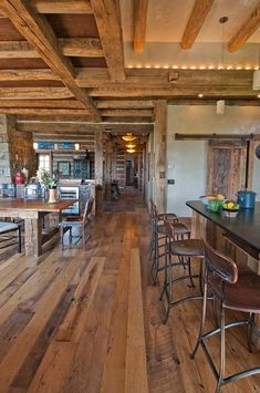 Log cabin Log Cabins, Log Cabin Homes, Rustic Cabins, Open Kitchen, Kitchen Pantry, Kitchen Ideas, Openness, Hard Wood, Exposed Beams