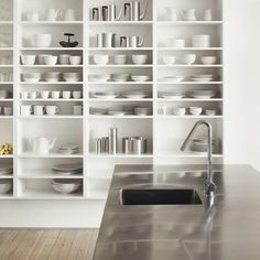 WWW.BelExplores.org ❥❥❥❥❥❥❥❥❥❥❥❥❥❥❥❥❥❥❥❥❥❥❥❥❥❥❥ When you absolutely adore built ins; stainless and WHITE dishware = Kitchen perfection!