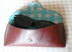 DIY Sunglasses Case Tutorial -- cute, I need one, I just chuck my (cheap) sunglasses, unprotected, into the depths of my bag