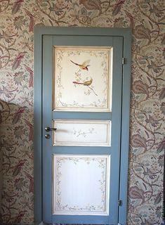 Painted Interior Doors, Painted Doors, Interior Paint, Hand Painted Furniture, Paint Furniture, Furniture Ideas, Door Murals, Decorative Panels, Cool Paintings