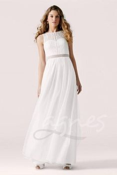 - The PASSIONS collection is LILLY's creative playground: the new collection has been inspired by the feeling of vintage eras and transformed bohemian inspired styles into ultra romantic bridal gowns for bridal fashionistas. comes in Cream Only. Designer Wedding Gowns, Luxury Wedding Dress, Wedding Dress Styles, Designer Dresses, W Dresses, Bridal Dresses, Dress Lilly, Bridal Boutique, Bridal Style