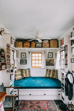 This Is One of the Most Beautiful, Livable Tiny Houses We've Ever Seen Tiny House Tour: A Custom Home via Apartment Therapy Tiny House Movement // Tiny Living // Tiny House on Wheels // Tiny Home Couch // Tiny House Living Room // Tiny Home Small Room Design, Tiny House Design, Simple House Design, Tiny House Living, Home Living Room, Small House Living, Tiny House Bedroom, Casas Containers, Little Houses