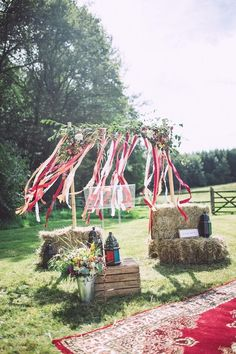 great idea for using haybales at your wedding