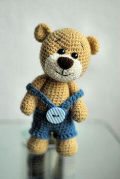 Crochet Dog Patterns, Sweater Knitting Patterns, Crochet Toys, Microwave Bowl Holders, Bear Pictures, Pet Toys, Kids Boys, Boy Or Girl, Teddy Bear