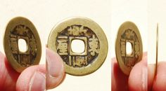 Reverse side of a very rare error molded double 'Yi Li' Dong mark on the reverse side of a 'Shun Zhi Tong Bao' (顺治通寶) one cash coin from the reign of Emperor Shunzhi (ruled from 1644-1661 AD).  He tried, with mixed success, to fight corruption and to reduce the political influence of the Manchu nobility. In the 1650s he faced a resurgence of Ming loyalist resistance, but by 1661 his armies had defeated the Qing's last enemies. 25mm in size; 3 grams in weight.