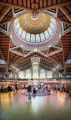 Mercado Central en Valencia, España -biggest in Spain and one of the oldest running food markets in Europe :) Places Around The World, Oh The Places You'll Go, Places To Travel, Places To Visit, Around The Worlds, Madrid, Malaga, Granada, Valencia City