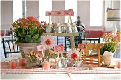 goregous eclectic wedding table mix