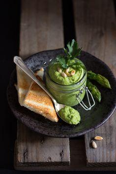 http://www.mielericotta.com/2013/05/pesto-di-asparagi.html Asparagus pesto