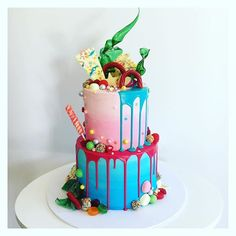 52 Likes, 5 Comments - Floss Cakery Celebration Cakes, Birthday Cake, Videos, Desserts, Photos, Instagram, Food, Shower Cakes, Tailgate Desserts