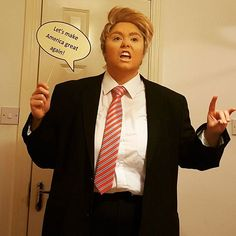 Lots of inspiration, diy & makeup tutorials and all accessories you need to create your own DIY Donald Trump Costume for Halloween. Donald Trump Halloween Costume, Donald Trump Costume, Sister Halloween Costumes, Halloween Fancy Dress, Cat Costumes, Cosplay Costumes, Donald Trump Fancy Dress, Homecoming Themes, Trump Hair