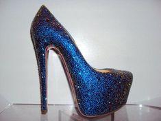 Increíbles zapatos de moda   Colección Christian Louboutin
