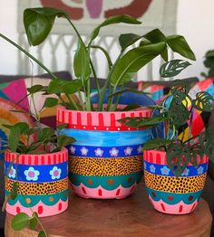 "Summer Svenson on Instagram: ""Sunday paint-day ✨🙌 🎨 👩🎨 . . . . . #pots  #handpaintedpots #paintedpots #cippa #artistsoninstagram #handpaintedpot #myart…"""