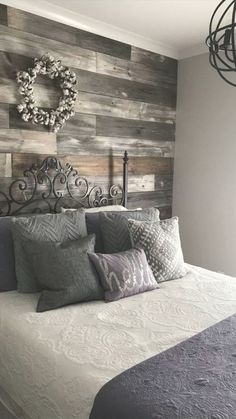 Pallet Wall Decor, Pallet Walls, Pallet Furniture, Pallet Decorations, Pallet Accent Wall, Rustic Wood Wall Decor, Kitchen Decorations, Farmhouse Bedroom Decor, Diy Bedroom Decor