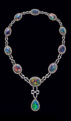 A Belle Époque Platinum, Gold, Black Opal and Diamond High Jewelry Necklace by Boucheron, Circa 1910 Jewelry Art, Antique Jewelry, Vintage Jewelry, Fine Jewelry, Jewelry Necklaces, Jewelry Design, Fashion Jewelry, Black Opal Jewelry, Designer Jewelry