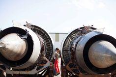 kissing amongst engines