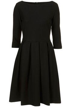 vestido simples meia manga