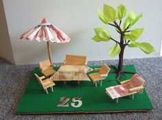 """Anyone who already has """"everything"""" will be happy about an original money gift. No matter what the sum, no matter what the occasion - we conjure up a . Retirement Celebration, Retirement Cards, Cool Gifts, Diy Gifts, Money Creation, Money Bouquet, Abraham And Sarah, Marriage Decoration, Money Trees"""