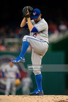 Marco Estrada of the Toronto Blue Jays throws a pitch to a Washington Nationals batter during a baseball game at Nationals Park on June 2015 in Washington, DC. Nationals Baseball, Baseball Games, Washington Nationals, Washington Dc, Toronto Blue Jays, Go Blue, Pitch, Sports, June