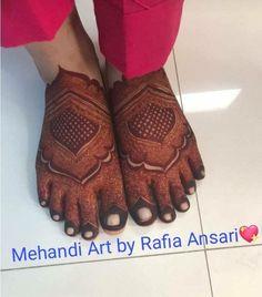 Bridal Mehndi for feet Kashee's Mehndi Designs, Legs Mehndi Design, Wedding Mehndi Designs, Diy Canvas, Canvas Art, Kashees Mehndi, Henna Tutorial, Bridal Henna, Henna Patterns