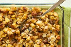 Apple, Sausage and Sage Sourdough Stuffing // This rich, full-flavor stuffing is a show stealer! #holiday #recipe #Thanksgiving