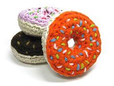 Häkelanleitungen - Mini E-Book Donut Hundespielzeug Häkelanleitung - ein Designerstück von Lemonata bei DaWanda