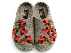 Haflinger Meadow Torf Felt Clogs