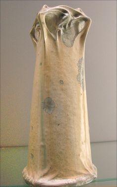 "Hector Guimard (1867-1942) - ""Cerny"" Vase. Pottery. Manufactured by Sevres. Musée Bröhan, Berlin."