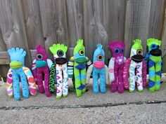 Sock Monsters - these are so darn cute. Made by: Sunshinefriends.net/newadditions.html