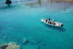 ヨーロッパ?ではなく日本!船が宙に浮いて見える「柏島」のビーチが美しい
