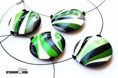 Lentil beads with green