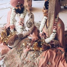 When I look at you I feel it, when I look at you I am home. Monday's draggg, we kno. thank those of you continuously… Big Fat Indian Wedding, South Asian Wedding, Indian Wedding Outfits, Bridal Outfits, Wedding Attire, Indian Bridal, Indian Outfits, Indian Weddings, Wedding Goals