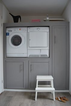 Storage and Laundry! Mini Loft, Laundry Room Appliances, Home Appliances, Kitchen Cabinets, Laundry Closet, Laundry Area, Small Laundry, Interior Design Living Room, Living Room Designs