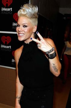 Pink Photos - Singer Pink poses backstage during the 2012 iHeartRadio Music Festival at the MGM Grand Garden Arena on September 2012 in Las Vegas, Nevada. Pixie Hairstyles, Cute Hairstyles, Hairdos, Pink Haircut, Short Hair Cuts, Short Hair Styles, Pink Photo, Up Girl, New Hair
