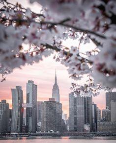 NYC New York City Travel Honeymoon Backpack Backpacking Vacation Spring In New York, Nyc Spring, Spring City, Ville New York, Destinations, New York Pictures, New York City Travel, Dream City, City Photography