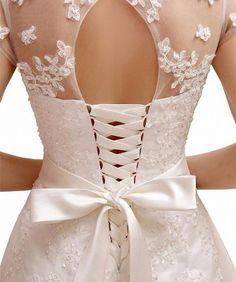 KekeHouse® Hochzeitskleid Brautkleid aus Tüll und Satin mit Tailenband weiß 32