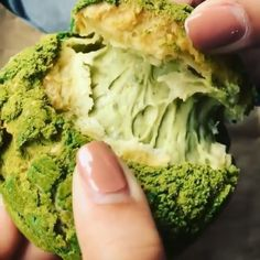 Look at the matcha creamy filling! Easy Asian Recipes, Indian Food Recipes, My Recipes, Sweet Recipes, Dessert Recipes, Cooking Recipes, Matcha Dessert, Philippines Food, Profiteroles