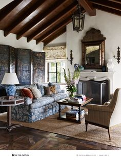 living room in shades of blue