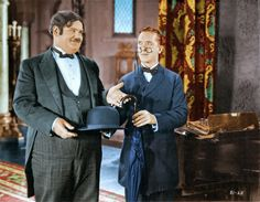 Stan Laurel and Oliver Hardy Stan Laurel Oliver Hardy, Laurel And Hardy, Norvell, Sound Film, Silent Film, Classic Tv, Humor, Old Pictures, Live Action