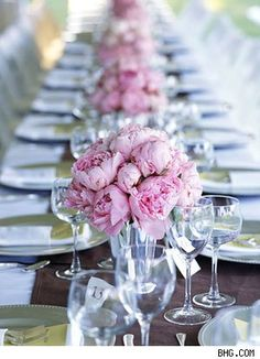 Pretty #low #centerpieces of #peonies