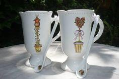 tazas y cucharitas pintadas a mano